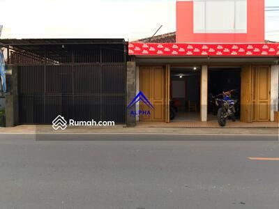 Dijual - Dijual Rumah Bonus Usaha di Jalan Protokol