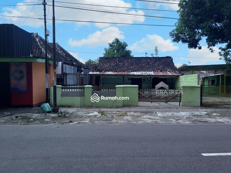 Rumah Banjarsari Surakarta #95600834
