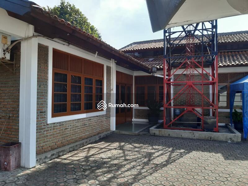 Sayap jalan Riau #95646446