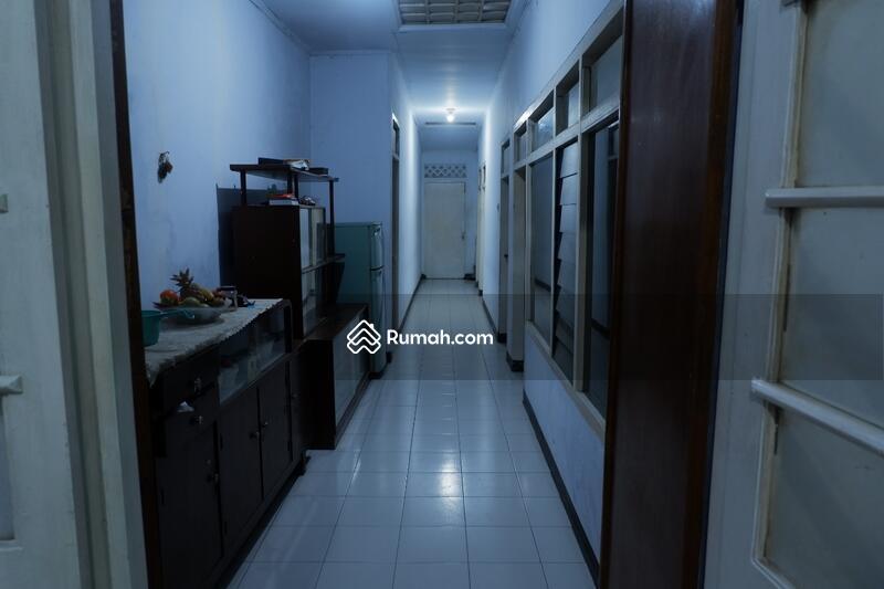 Dijual Rumah Tua Hitung Tanah Lokasi Strategis Dekat Pemkot Sukabumi #95978414