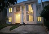 Rumah bergaya Classic Perancis di Alam Sutera