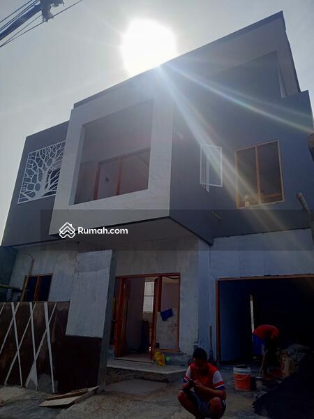 Jual rumah besar di Cijantung, jakarta timur #98295766