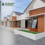 Bedahan Terrace