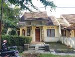 Rumah di Komplek Cigadung, Sayap Dago. (Harga Menarik)