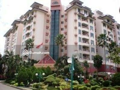 Dijual - Apartemen Pondok Klub Villa Dijual, Semi Furnished, 3 BR + 1