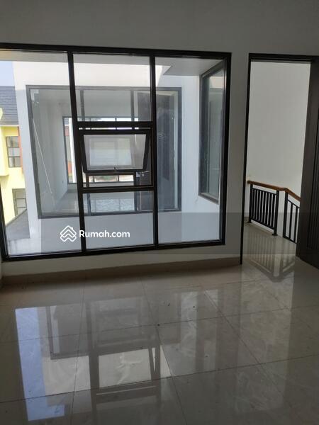 Rumah dalam Cluster di Petukangan Jakarta Selatan #96613120