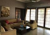 Rumah Lux Sangat Terawat di jual daerah sayap dago Bandung