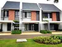 Dijual - Rumah mewah dalam kawasan Emerald Golf samping Gate Tol DI Cimanggis.