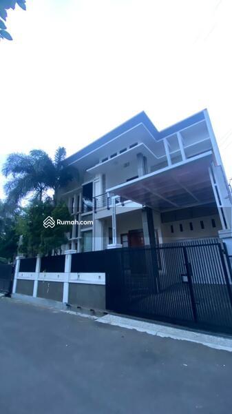 Dijual Rumah Lux di Sayap Riau Bandung #107851200