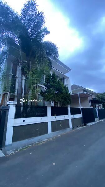 Dijual Rumah Lux di Sayap Riau Bandung #107851206