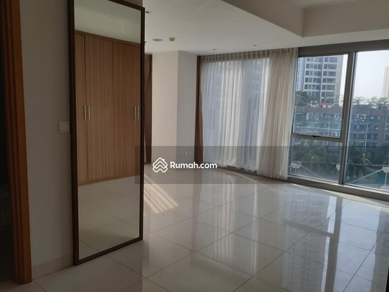 Dijual view bagus, langsung pool townhome dorada di mansion kemayoran #96938502