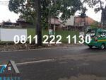 Ruang Usaha, Jl. Bengawan – Riau L. R. E Martadinata, Kotak 19x36, 8. Hadap Timur. Cocok untuk restauran.