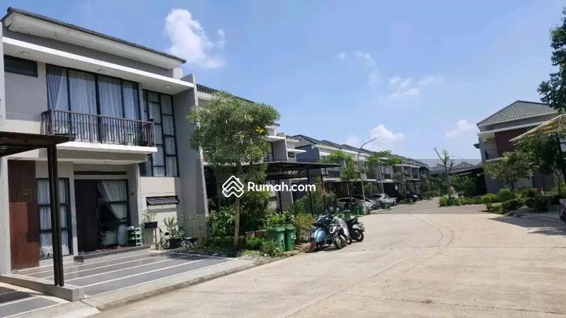 Rumah 2 Lantai Siap Huni Lokasi Keradenan Sukahati Cibinong Bogor #97074664