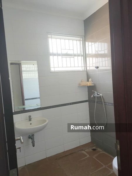 Sewa rumah Holis Regency rumah minimalis sudah renovasi #97124418