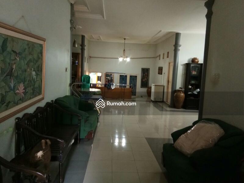 Dijual Rumah Mewah Semi Furnish di Kemang Pratama Bekasi #97210230