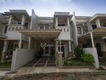 Rumah 2Lt Minimalis Modern, Cocok untuk kaum milenial, lokasi strategis, SHM