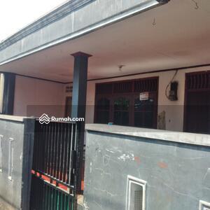 Dijual - Dijual Rumah 1, 5Lantai Lt 151 Cibubur Jakarta Timur