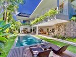 BALIKUBU. COM | A-210 Villa 3 Bedrooms Jalan Petitenget Seminyak Kuta