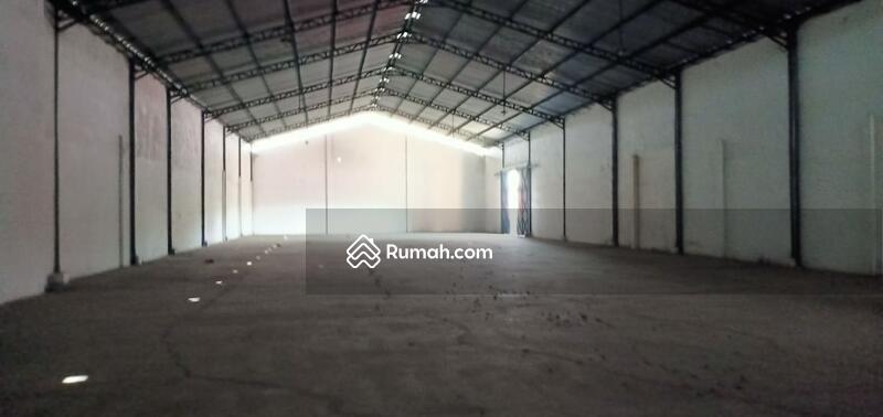 Disewakan Gudang Loss 944 m2, lantai cor, pintu tinggi, di Jl Gajahmada, Mojosari, Mojokerto #97364434