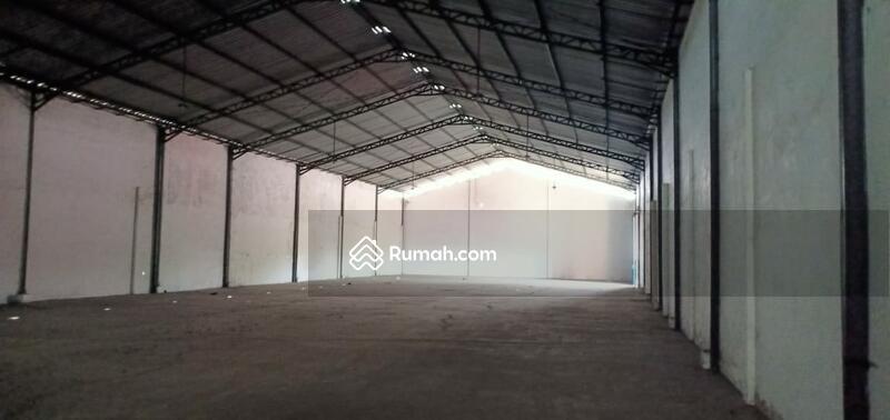 Disewakan Gudang Loss 944 m2, lantai cor, pintu tinggi, di Jl Gajahmada, Mojosari, Mojokerto #97364448