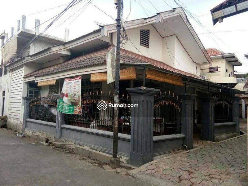 (End) Rumah Kos Jl Gajahmada Jember #97581720
