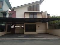 Disewa - Rumah Bagus Lokasi Strategis, Nyaman Disewakan di Mitra 10 Bintaro dkt Bintaro Plaza, RS Bintaro