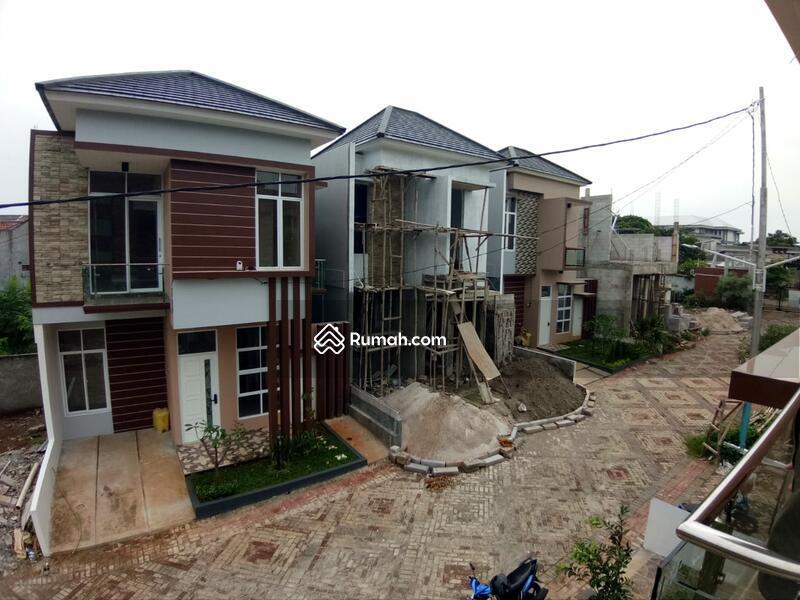 Rumah Mewah Cibubur Ciracas 2 Lantai Hanya 5 menit ke LRT dan Cibubur Junction, Akses Tol Jagorawi #97799088