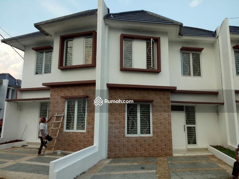 Selangkah dari Pusat Kabupaten Bogor Rumah Dua Lantai #97917644