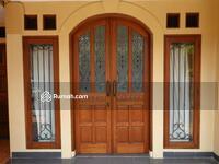 Dijual - Rumah Bintaro Sektor 9, Semi Furnished Bergaya klasik 2 Lantai(J:2, 8 M)3420-WD