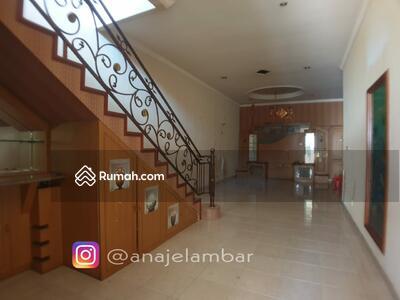 Dijual - ANA*Rumah 184 m2 di Komplek Taman Harapan Indah, Jelambar