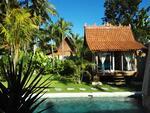Disewakan Villa 3 bedrooms di ubud dekat sawah dengan udara dan matahari yang hangat