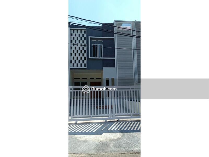 Rumah di Sirkuit Sentul Bogor #98118354