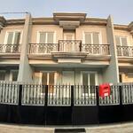 Rumah di Pondok Gede 2 Lantai Siap Huni