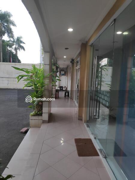 Ruko 4 Lantai, Ex Bank, Sangat Terawat, Siap Pakai, Strategis. #98250262