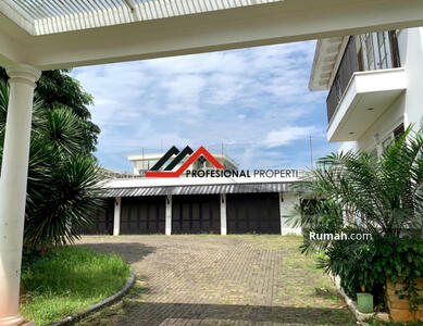 Dijual - Cilandak, Ragunan Rumah Mewah Desain Kolonial Modern