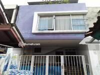 Dijual - Rumah 3 Lantai Masuk Mobil dekat Stasiun Pondok Ranji Bintaro