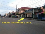 Dijual Tanah dan Bangunan Di Pingir Jalan Tengkawang