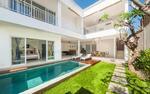 Villa 3 bedrooms di petitenget full furnished