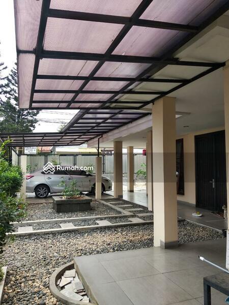 Rumah Pinggir Jalan Bintara #98421732