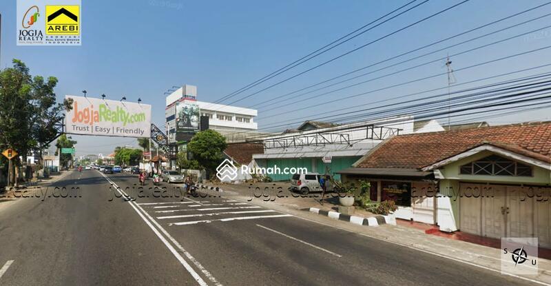 Jalan A Yani Magelang #109216252