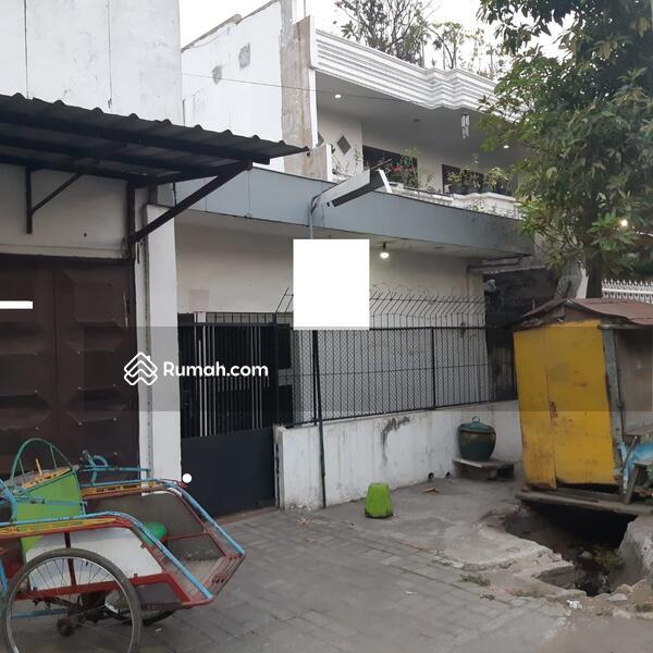 Rumah di Jalan Kalibutuh Surabaya #98605900