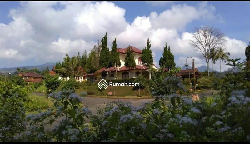 Dijual Murah Villa Tangguban Perahu Ciater #99593630