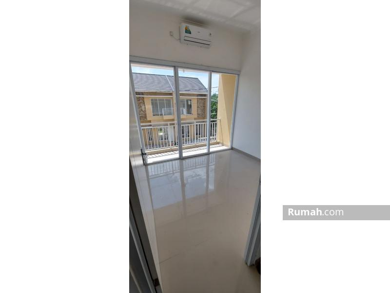 Dapatkan sebelum kehabisan rumah 2 lantai 4 kamar tidur SHM minimalis modern bisa KPR #98661040