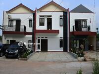 Dijual - Rumah dengan harga 700jutaan free semua biaya hunian 2 lantai