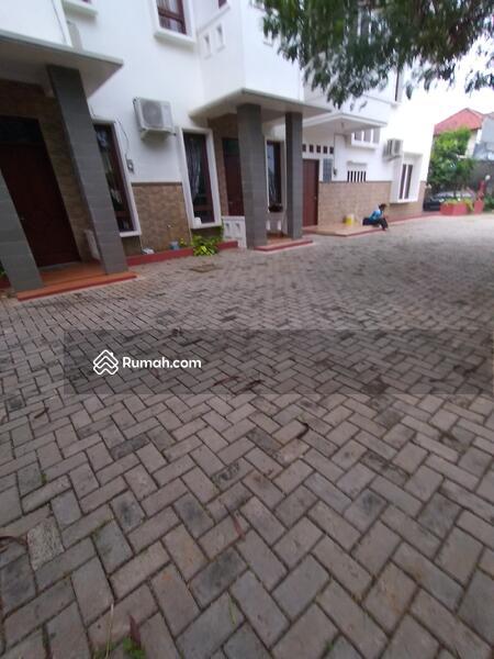 Disewa rumah siap huni dekat mall Jakarta Timur #98725732