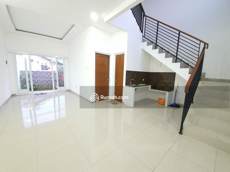 PALING MURAAAHH.... Rumah Baru Renovasi Total Dijual Cepat Di Graha Raya #98754480