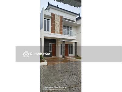 Dijual - Rumah Gaya Bali 2 Lantai Cimanggis Depok Gratis Biaya Hanya 5 Menit ke Pintu Tol,  Dekat Stasiun KRL