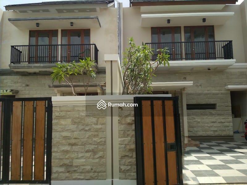 Rumah Mewah Siap Huni 2 Lantai Cocok Untuk Keluarga Besar #98881354