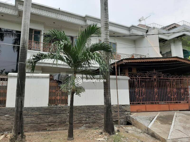 Dijual Rumah Hoek Di Pulomas Barat Jakarta Timur #99011054