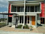 Hunian Rumah Minimalis Dalam Cluster 2 Lantai Strategis di Cipayung